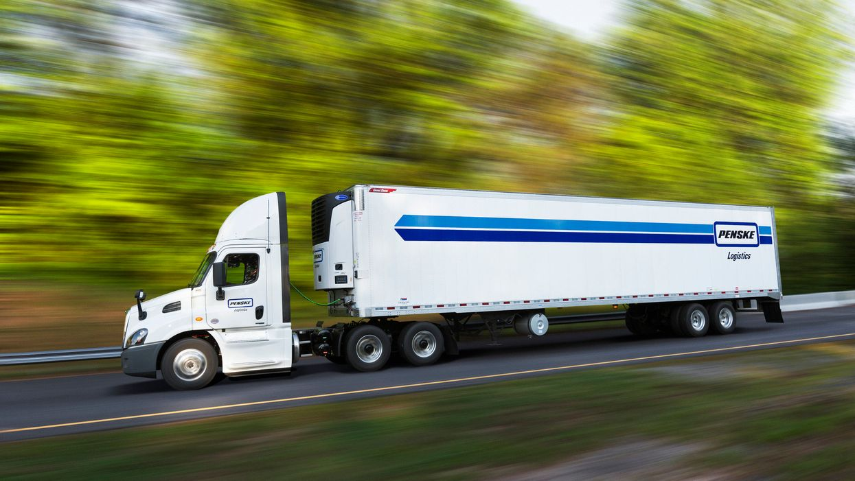 penske logistics truck and trailer